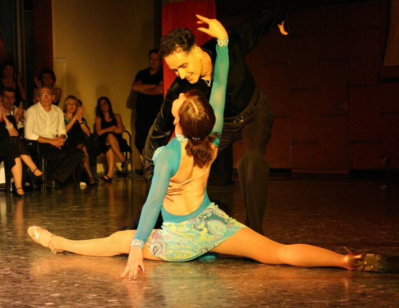 Danses-Societe-Standard-Latines.jpg